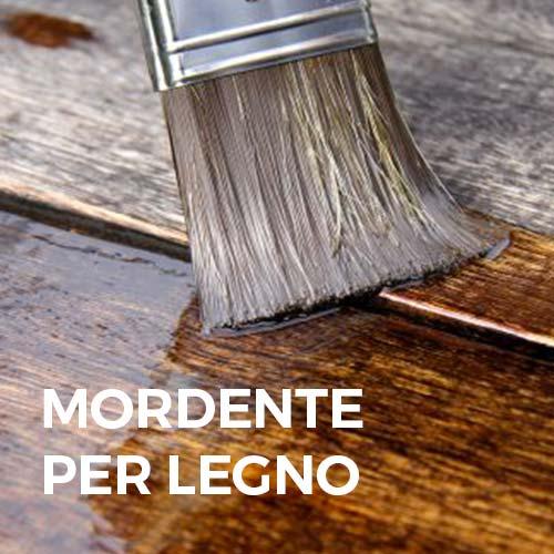 Phase Italia - Soluzioni per il trattamento del legno - Trattamento antitarlo e imprengante con mordente