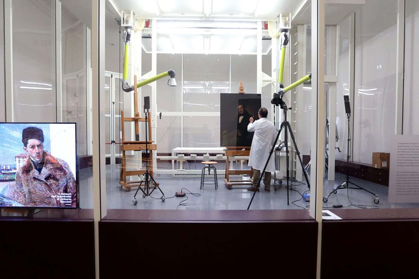 Phase Italia Blog - Alla Pinacoteca di Brera va in scena il restauro del Manzoni di Hayez - Vista della scatola trasparente 3