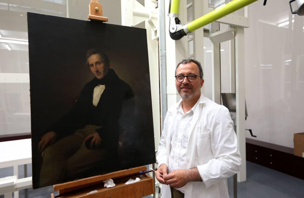 Phase Italia Blog - Alla Pinacoteca di Brera va in scena il restauro del Manzoni di Hayez - Vista tela dettaglio 1