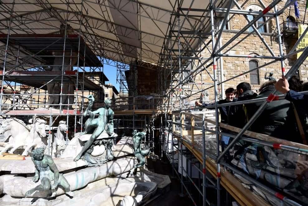 Proseguono i lavori di restauro della Fontana del Nettuno - Vista della fontana