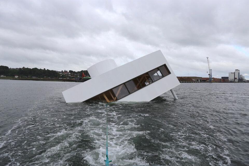 Phase Italia Blog - Villa Savoye e il naufragio della modernità - spostamento in mare 1