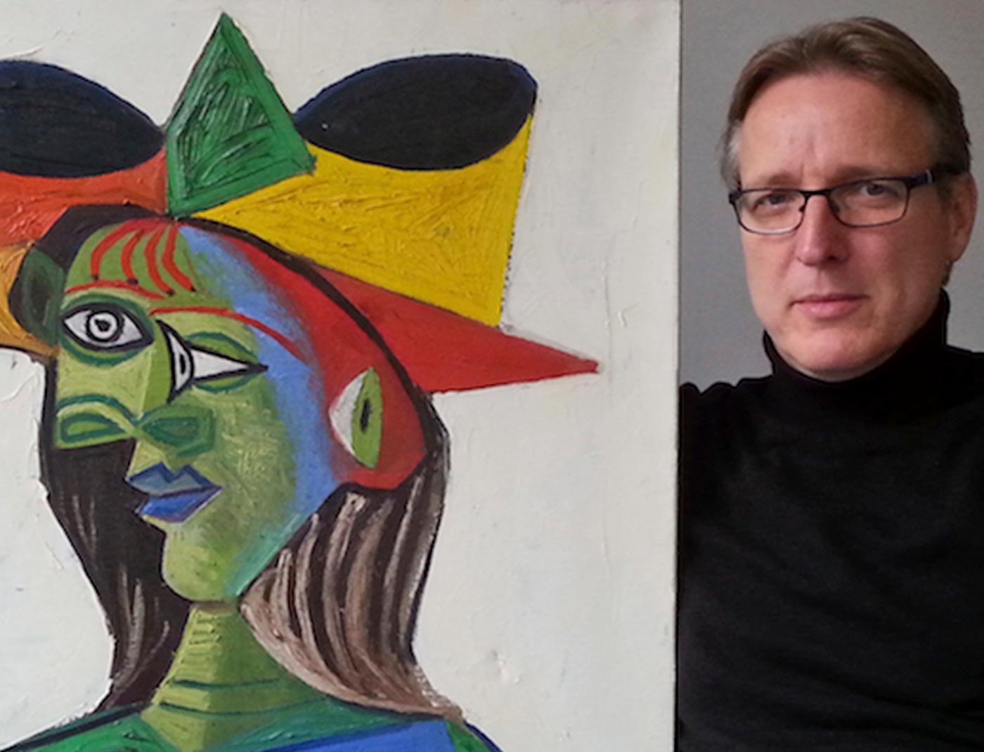 Phase Italia - Blog - Ritrovato il Picasso rubato sullo yatch di un emiro - Arthur Brand con l'opera ritrovata